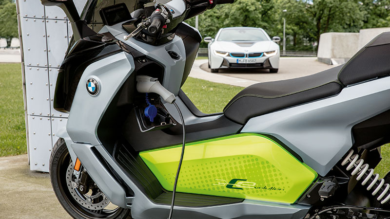 California Dealers First To Get Bmw S C Evolution Electric Scooter