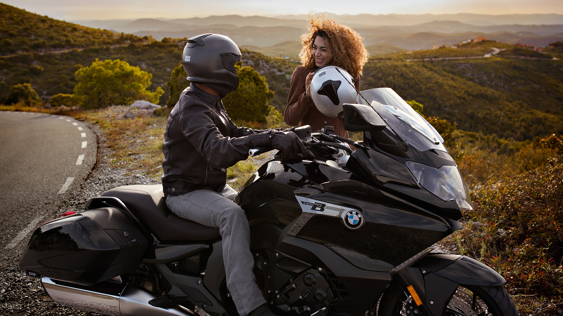Positive Reviews Keep Pouring In For The 2018 Bmw K 1600 B Southern California Bmw Motorcycles